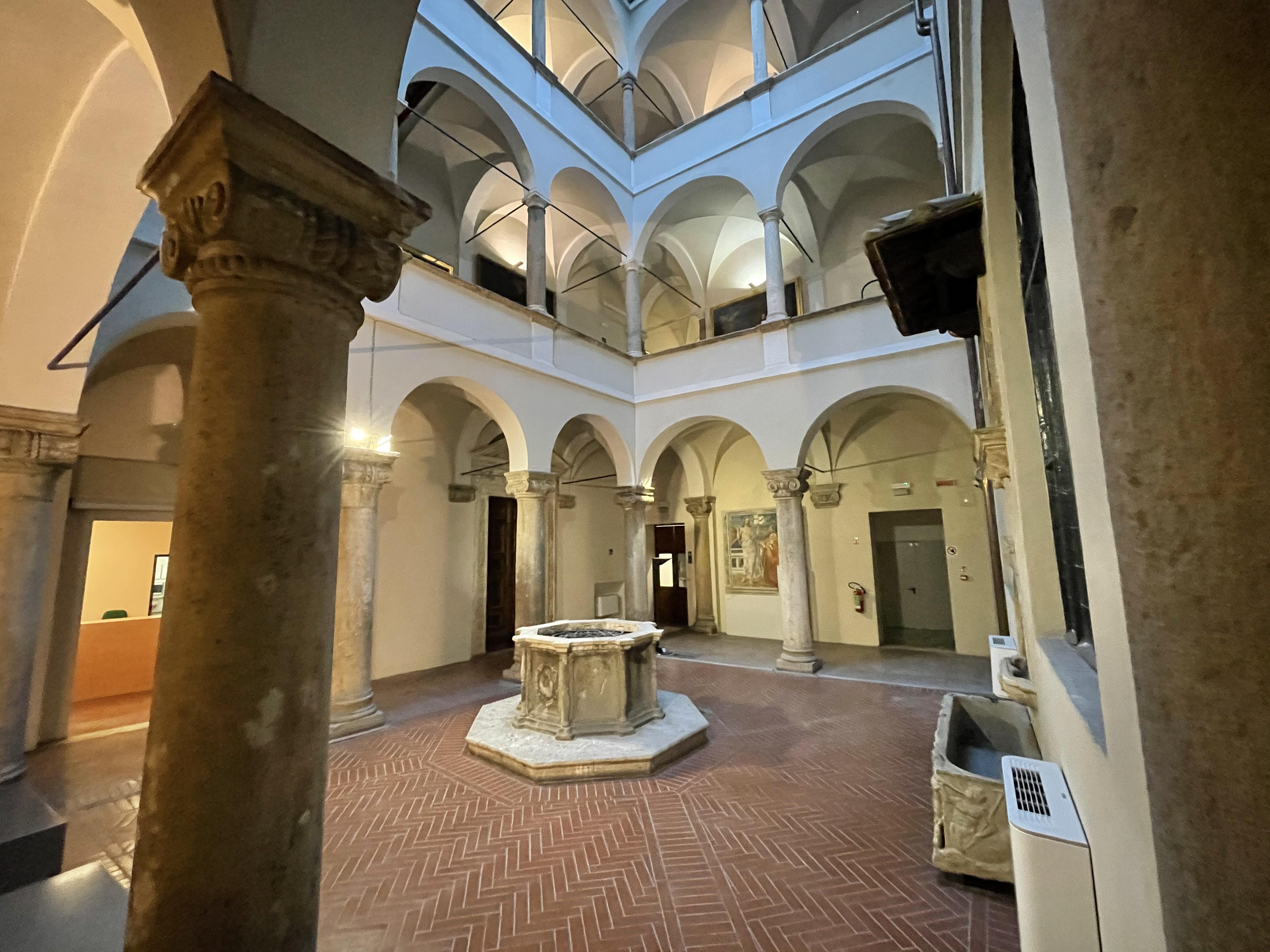 https://pinacotecanazionale.siena.it/wp-content/uploads/chiostro.jpeg